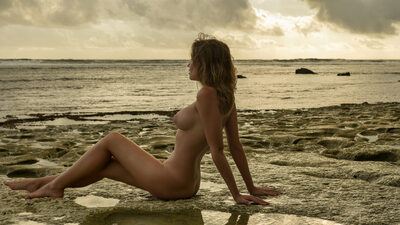 Bild markiert mit: Brunette, Nicole Young - Nicole Ross - Nika Kolosova, Beach, Boobs