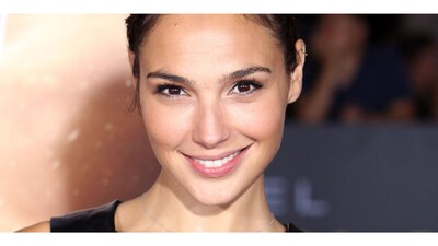 Bild markiert mit: Brunette, Celebrity - Star, Face, Gal Gadot, Safe for work, Smiling