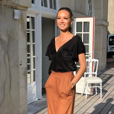 Bild markiert mit: Skinny, Amandine Petit, Blonde, Celebrity - Star, Miss France 2021, Safe for work, Smiling
