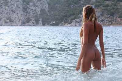 Bild markiert mit: Skinny, Blonde, Katya Clover - Mango A, The Naturist, X-Art, Ass - Butt, Beach, Cute, Sexy Wallpaper